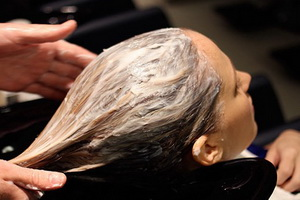 Какое масло лучше для секущихся концов волос