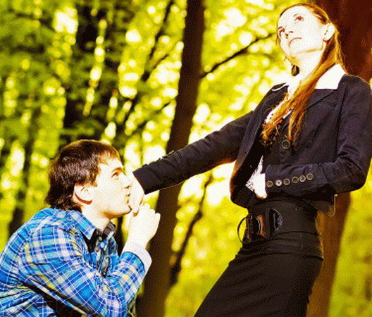Как сделать чтобы девушку тянуло к тебе