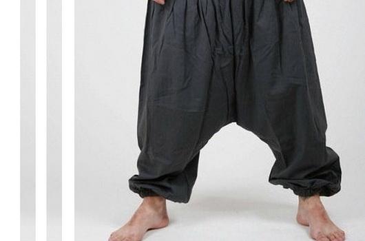 фото брюки с разрезом между ног